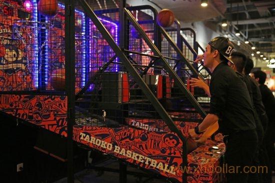 老少咸宜的篮球机一直是非常受欢迎的设备
