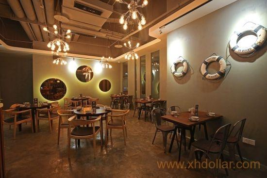 乐记提供温暖舒适的用餐空间